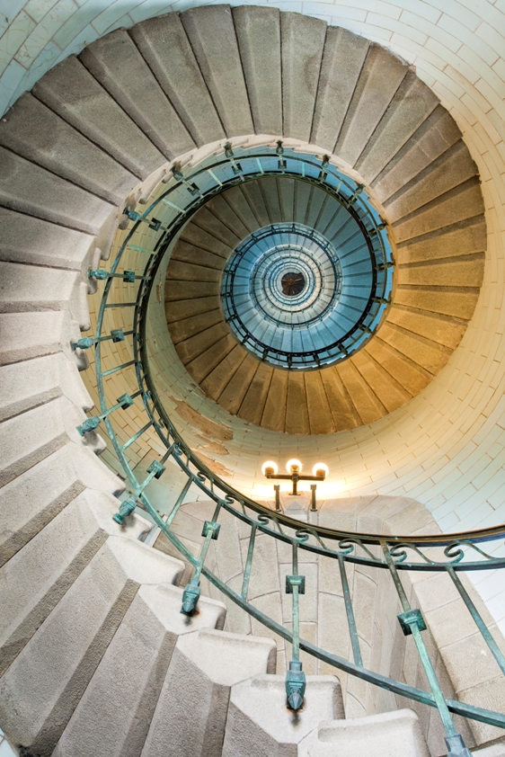 Ronit_Tal_spiral_stairs